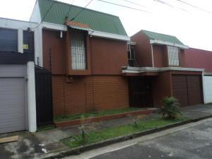 Casa En Alquileren Sabana, San Jose, Costa Rica, CR RAH: 17-971
