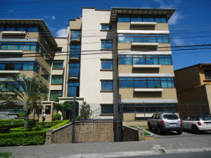 Apartamento En Ventaen Trejos Montealegre, Escazu, Costa Rica, CR RAH: 17-1073