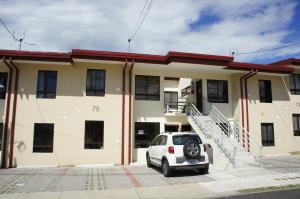 Casa En Ventaen San Francisco De Heredia, Heredia, Costa Rica, CR RAH: 17-1070