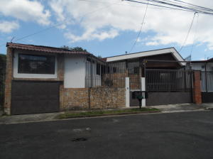 Apartamento En Alquileren Moravia, Moravia, Costa Rica, CR RAH: 17-1077