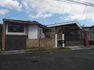 Apartamento En Alquileren Moravia, Moravia, Costa Rica, CR RAH: 17-1079