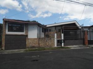 Apartamento En Alquileren Moravia, Moravia, Costa Rica, CR RAH: 17-1080