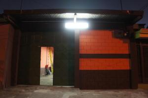 Local Comercial En Ventaen San Jose Centro, San Jose, Costa Rica, CR RAH: 17-1093