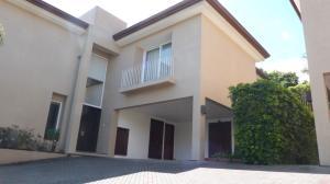 Casa En Ventaen Escazu, Escazu, Costa Rica, CR RAH: 18-21