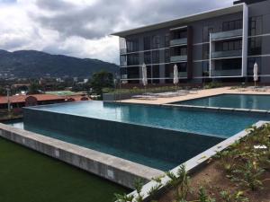 Apartamento En Alquileren San Rafael Escazu, Escazu, Costa Rica, CR RAH: 18-23