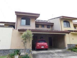 Casa En Ventaen Santa Ana, Santa Ana, Costa Rica, CR RAH: 18-56