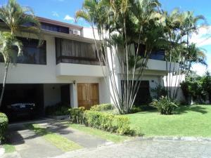Casa En Ventaen San Rafael Escazu, Escazu, Costa Rica, CR RAH: 18-63