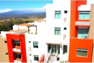 Apartamento En Ventaen Pozos, Santa Ana, Costa Rica, CR RAH: 18-66