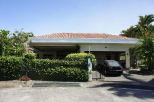 Casa En Alquileren Heredia, Belen, Costa Rica, CR RAH: 18-70
