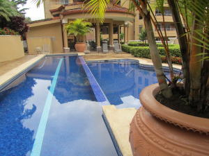Apartamento En Ventaen Escazu, Escazu, Costa Rica, CR RAH: 18-92