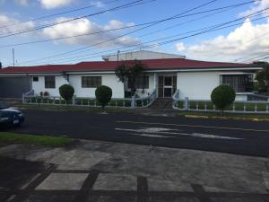 Casa en Venta en Lomas de Ayarco Sur
