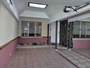 Casa En Venta En Moravia - Moravia Código FLEX: 19-405 No.1