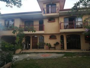 Casa en Venta en Guayabos de Curridabat