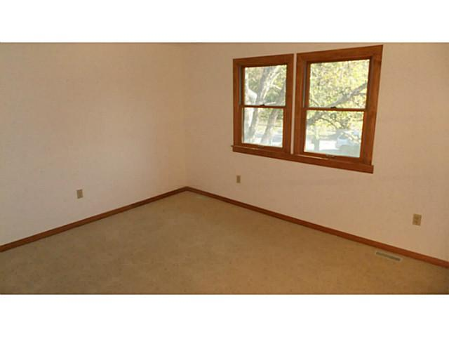 Photo of home for sale at 5037 Lemon Tree Lane, Columbus OH