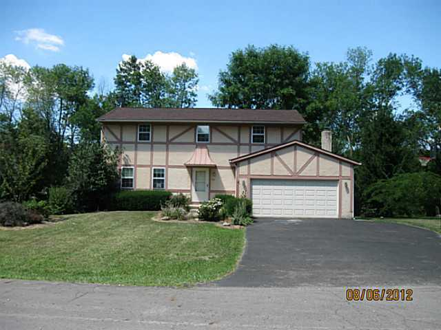 Photo of home for sale at 41 Wendell Road, Etna OH