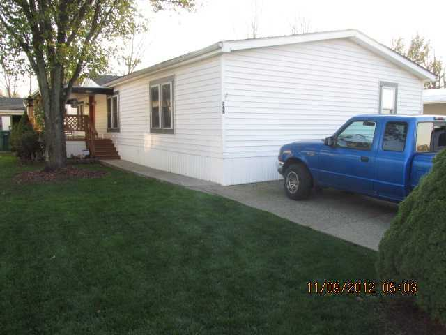 Photo of home for sale at 210 Cedar Street, Pataskala OH