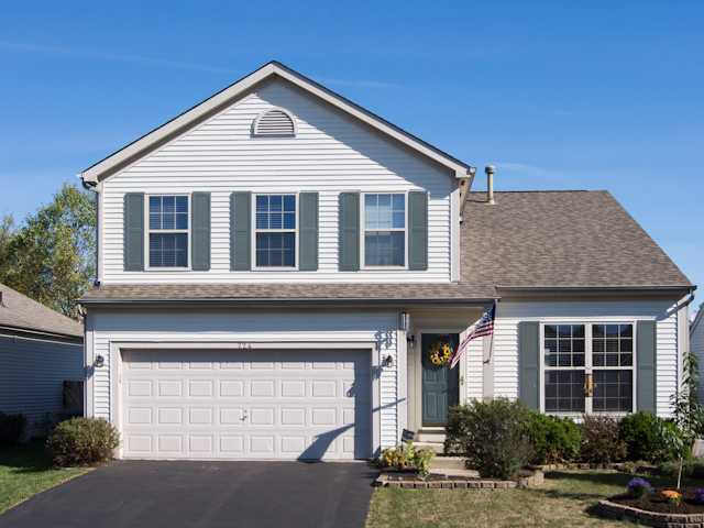 Photo of home for sale at 724 Windy Hill Lane, Galloway OH
