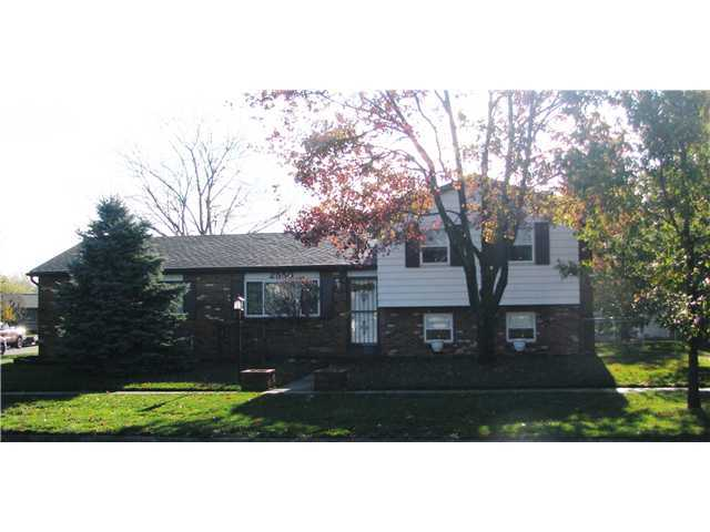 Photo of home for sale at 2550 Hardy Parkway Street, Grove City OH