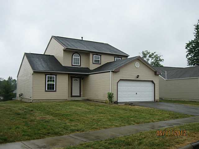 Photo of home for sale at 7653 Swindon Street, Blacklick OH