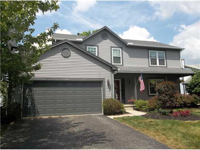 Photo of home for sale at 2348 Sundew Avenue, Grove City OH