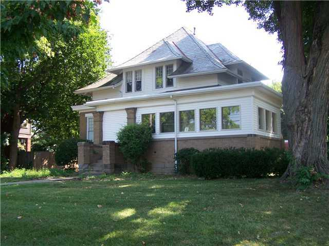 Photo of home for sale at 3674 High Street N, Columbus OH