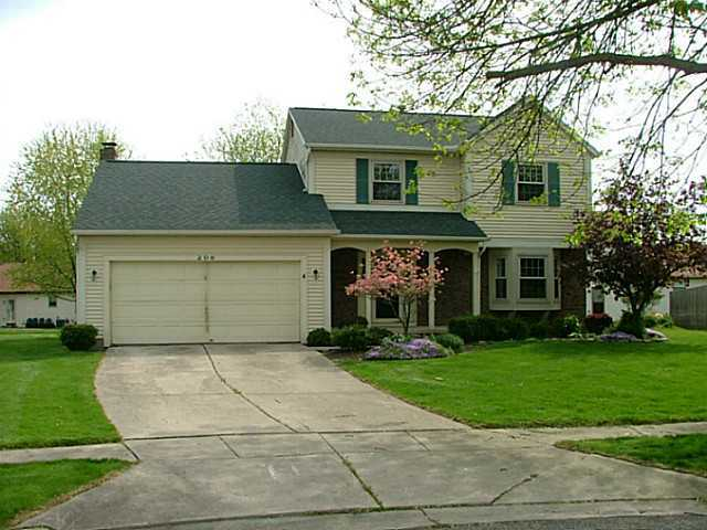 Photo of home for sale at 206 Cantwell Court, Reynoldsburg OH