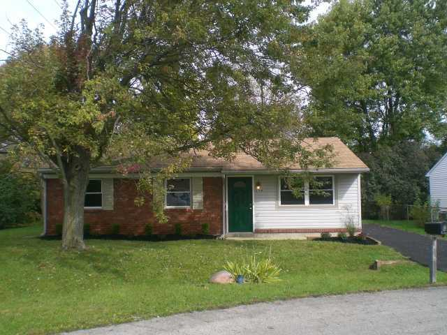 Photo of home for sale at 2780 Lake Park Drive, Columbus OH