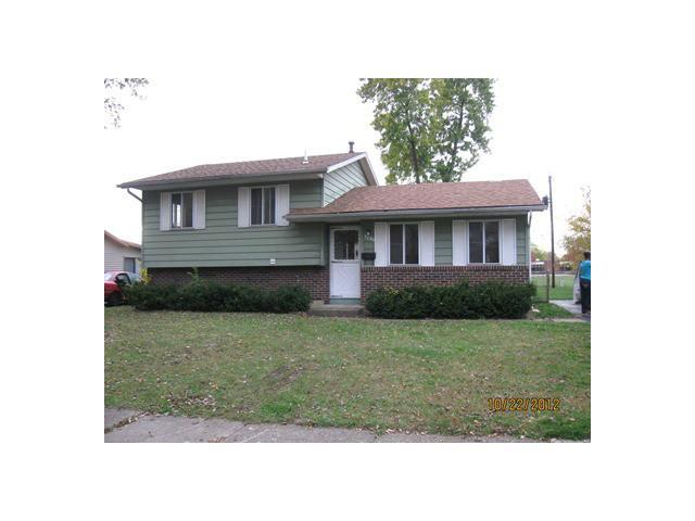 Photo of home for sale at 3239 Sundale Road, Columbus OH
