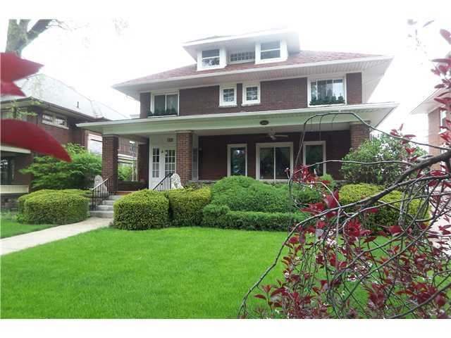 Photo of home for sale at 225 Chillicothe Avenue E, Bellefontaine OH