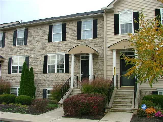 Photo of home for sale at 61 Green Mill, Blacklick OH