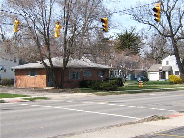Photo of home for sale at 3465 Indianola Avenue, Columbus OH