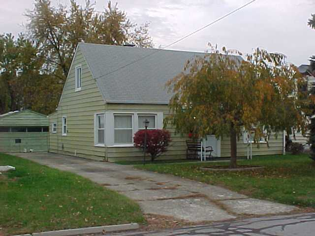 Photo of home for sale at 1768 Ransburg Avenue, Columbus OH
