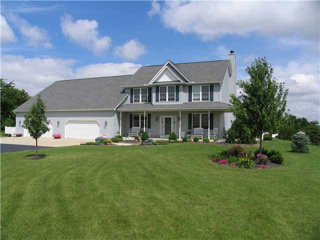 Photo of home for sale at 12070 Converse Road, Plain City OH