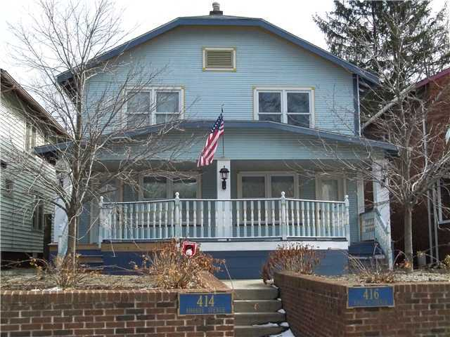 Photo of home for sale at 414-416 Rhoads Avenue, Columbus OH