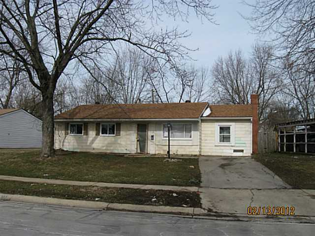 Photo of home for sale at 5380 Fullerton Drive, Columbus OH