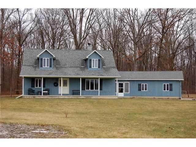 Photo of home for sale at 24700 Darby Pottersburg Road, Marysville OH