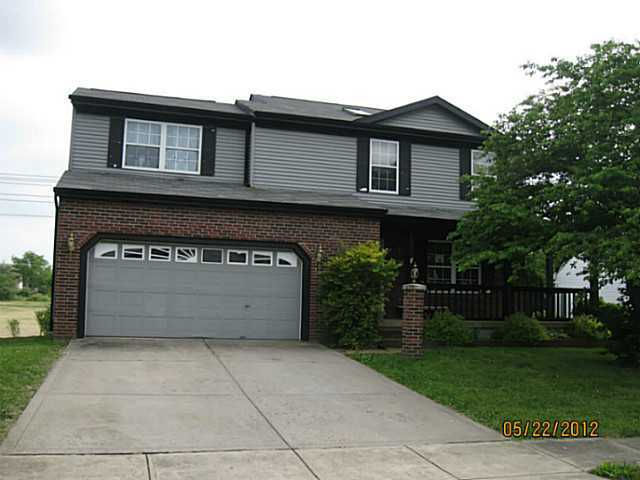 Photo of home for sale at 480 Rambling Brook Drive, Pickerington OH