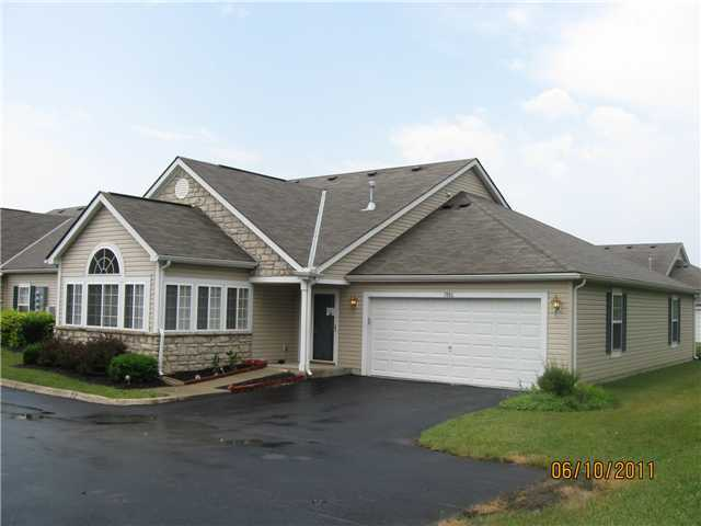 Photo of home for sale at 7880 Beamish Way, Blacklick OH