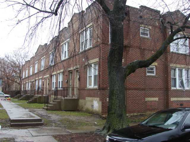 Photo of home for sale at 254 Monroe Avenue S, Columbus OH