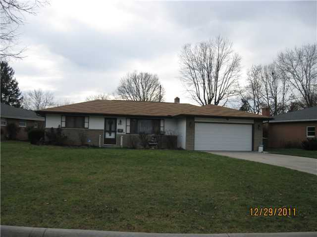 Photo of home for sale at 881 Inwood Place, Columbus OH