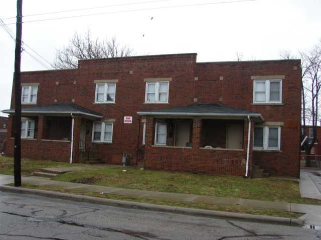 Photo of home for sale at 938 Mound Street E, Columbus OH