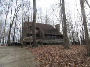 Property for sale at 592 Catawba Court, Hide A Way Hills,  OH 43107