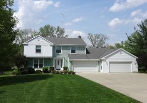 Single Family Home for Sale at 8622 State Route 61 8622 State Route 61 Galion, Ohio 44833 United States