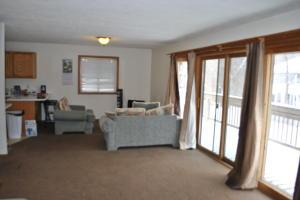 Additional photo for property listing at 37 WALKER 37 WALKER Athens, Ohio 45701 United States