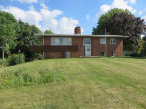 Property for sale at 8673 Sugar Grove SE Road, Sugar Grove,  OH 43155