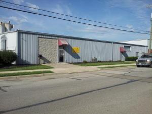 Commercial for Sale at 305 Logan Circleville, Ohio 43113 United States