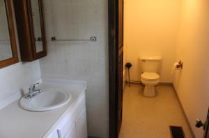Additional photo for property listing at 12400 Rainbow Lake 12400 Rainbow Lake Athens, Ohio 45701 Estados Unidos