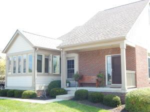 Property for sale at 1018 Little Bear Place, Lewis Center,  OH 43035