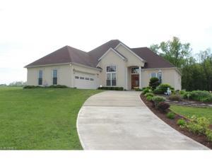 845 Newport Drive, Zanesville, OH 43701