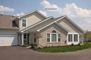 937 Governor's Circle, Lancaster, OH 43130